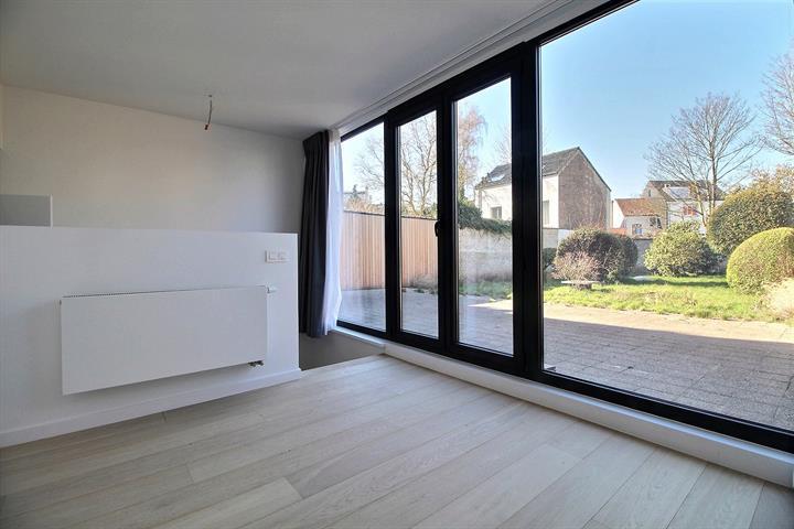 Rez-de-chaussée - Ixelles - #3694518-0