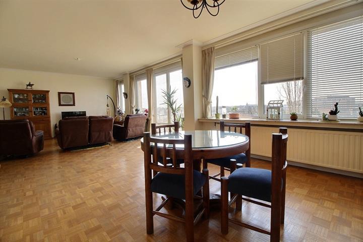 Appartement - Etterbeek - #3724358-1