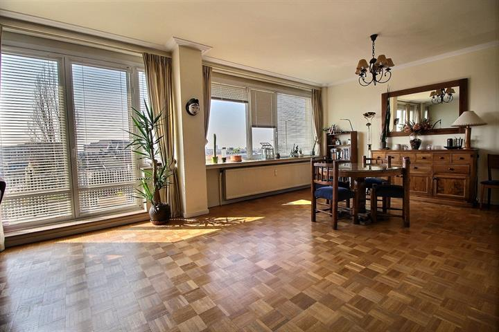 Appartement - Etterbeek - #3724358-0