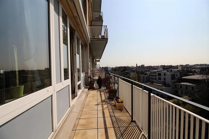 Appartement - Etterbeek - #3724358-3