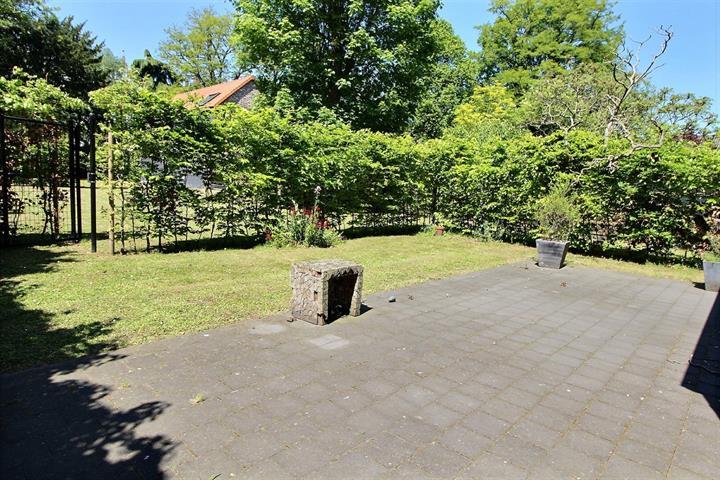 Ground floor with garden - Ixelles - #3759007-3