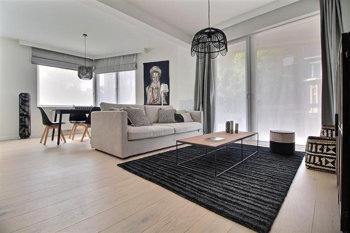 Appartement - Schaerbeek - #3807102-2