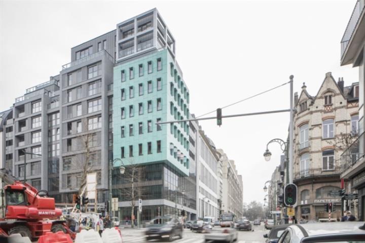 Immeuble de bureaux - Etterbeek - #3983721-0