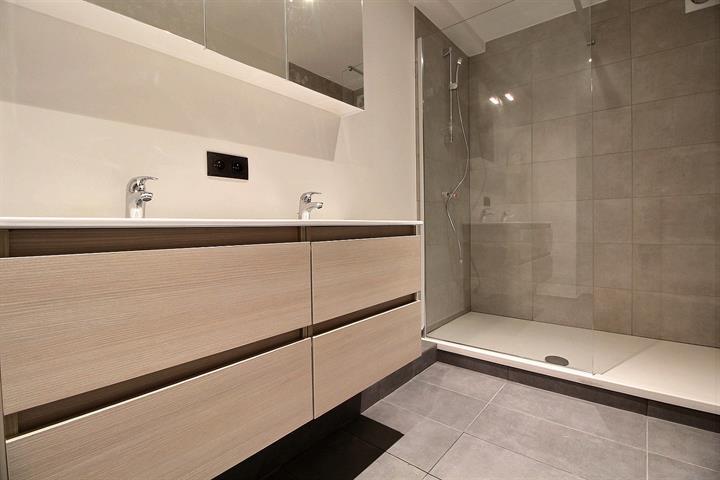 Appartement - Schaerbeek - #3990840-17