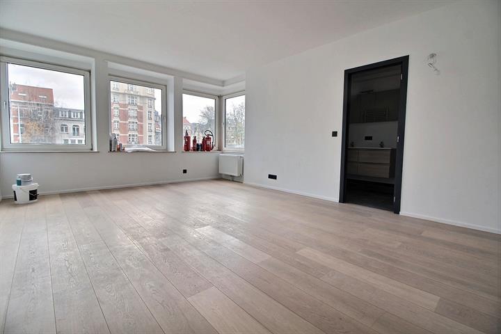 Appartement - Schaerbeek - #3990840-16