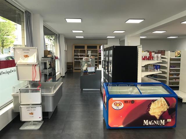 Rez commercial - Woluwe-Saint-Pierre - #4023592-2