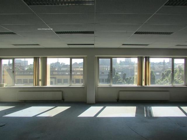Immeuble de bureaux - Schaerbeek - #4027245-3